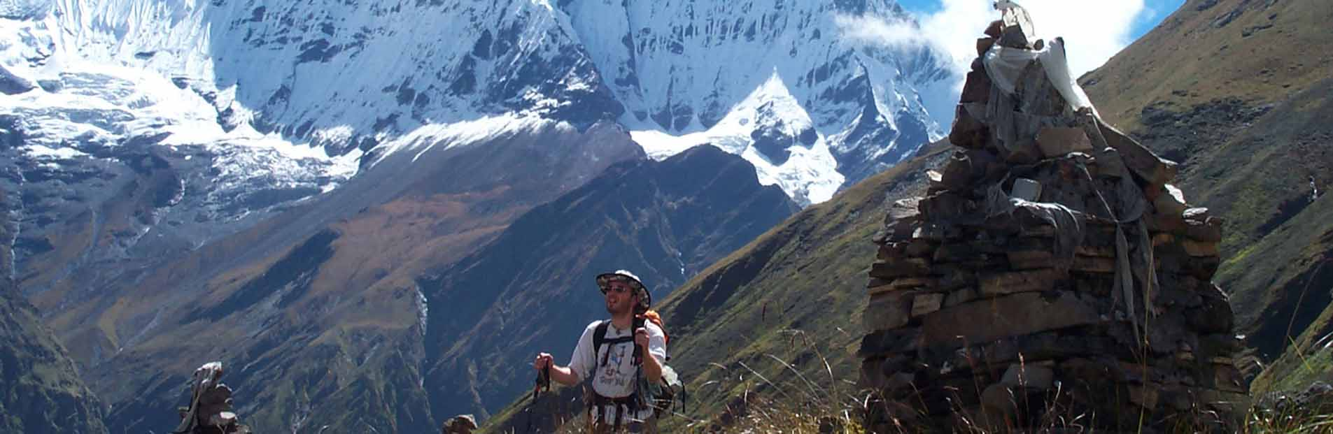 a trekkers in annapurna base camp.jpg