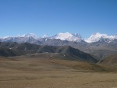 distence view of mountain in tibet.jpg