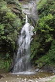 waterfall at Bankar on the way to Namche Bazaar.jpg